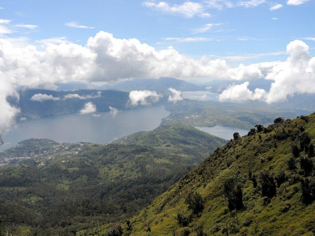 Вулкан Таланг
