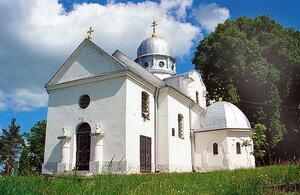 Страдч. Успенская церковь (XVIII век) на Церковной горе