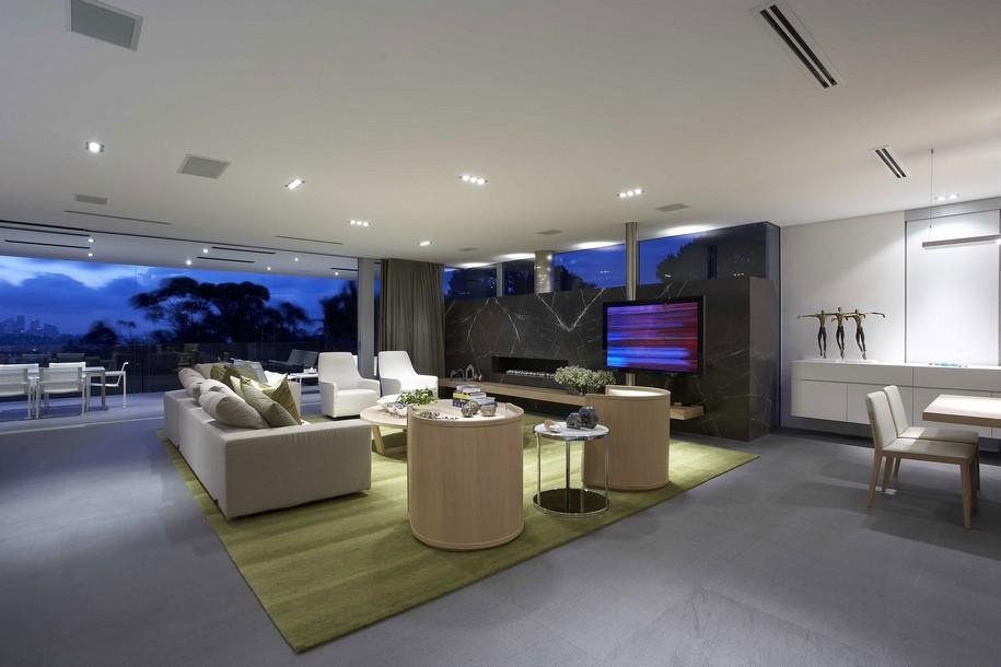 Трехэтажная резиденция в пригороде Сиднея