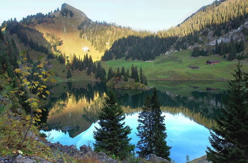 рассвет в горах прекрасней всех рассветов