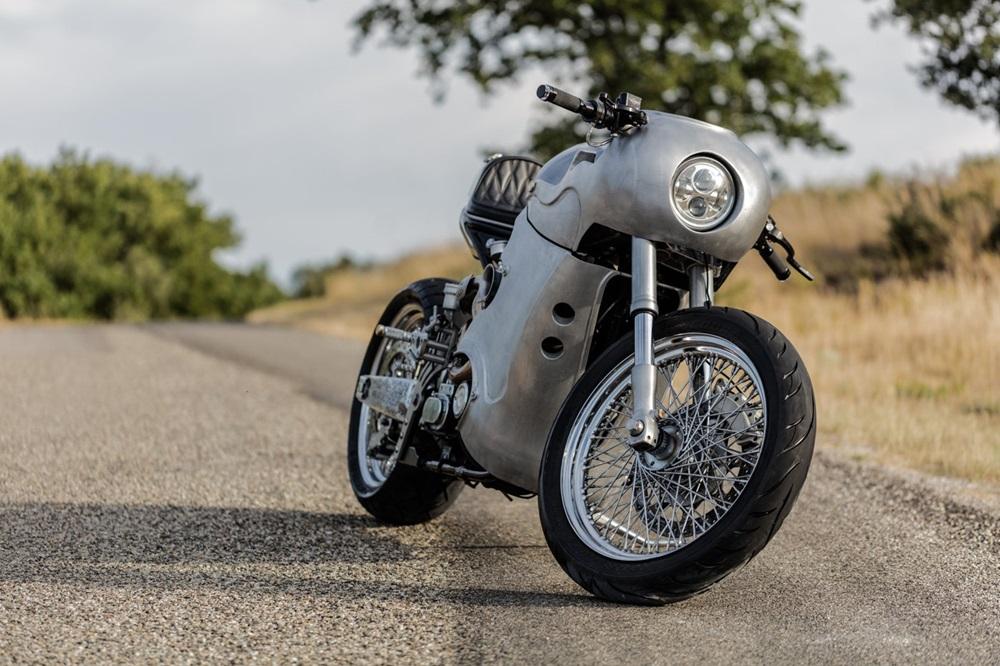EMD Workers: кастом Harley-Davidson Softail Springer