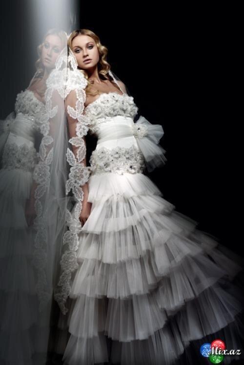 В какой мы расположили фото 120 самых лучших свадебных платьев.