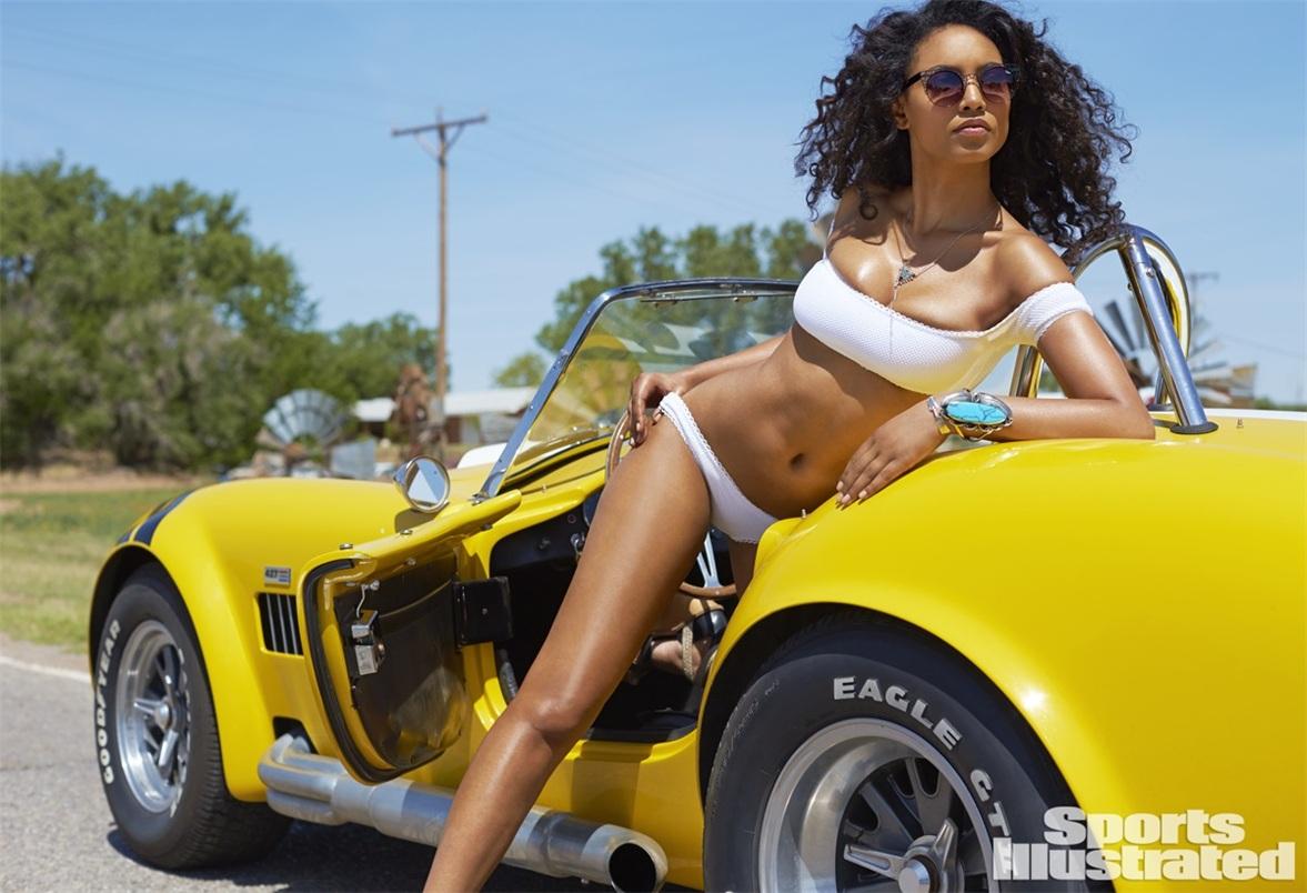 Ариэль Мередит в купальниках Sports Illustrated Swimsuit 2015 - Ariel Meredith by Ben Morris on U.S.Route 66