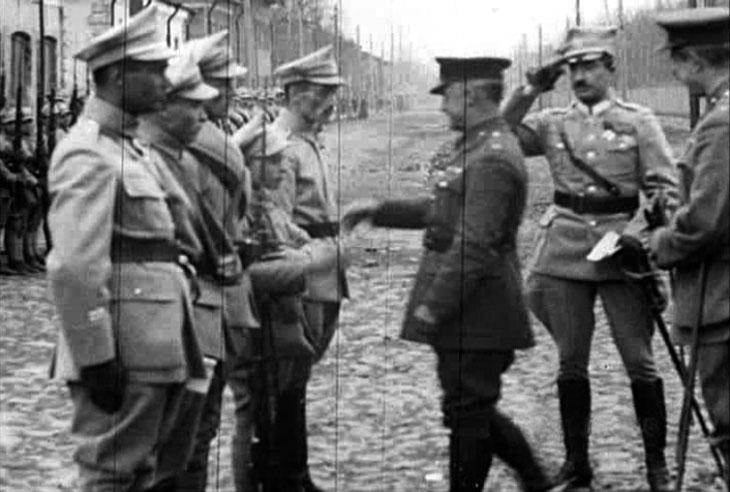 arkhangelsk_1919_pol_parade_2.jpg