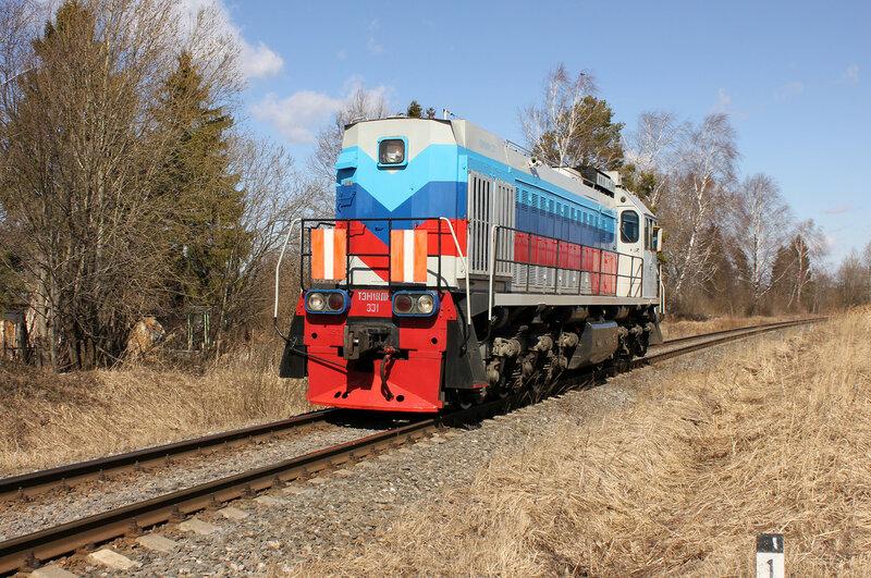 ТЭМ18ДМ-331 на станции Белый городок
