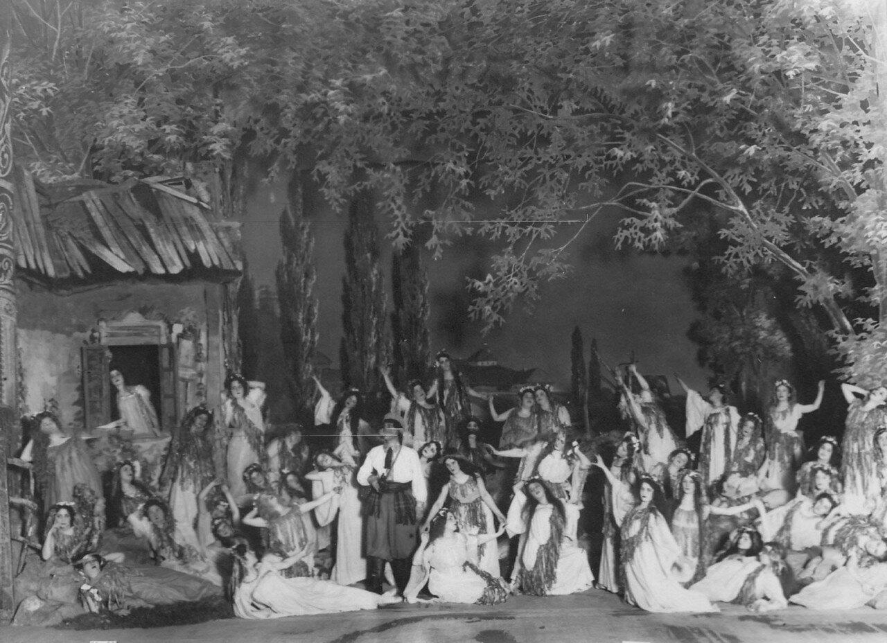 02. Сцена на озере из 2-го действия оперы А.Н. Римского-Корсакова Майская ночь