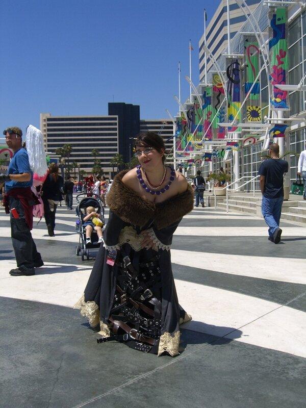 AX2007_cosplay_gothics.JPG