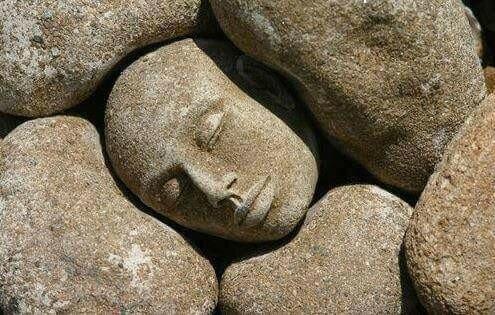 голова отдыхает