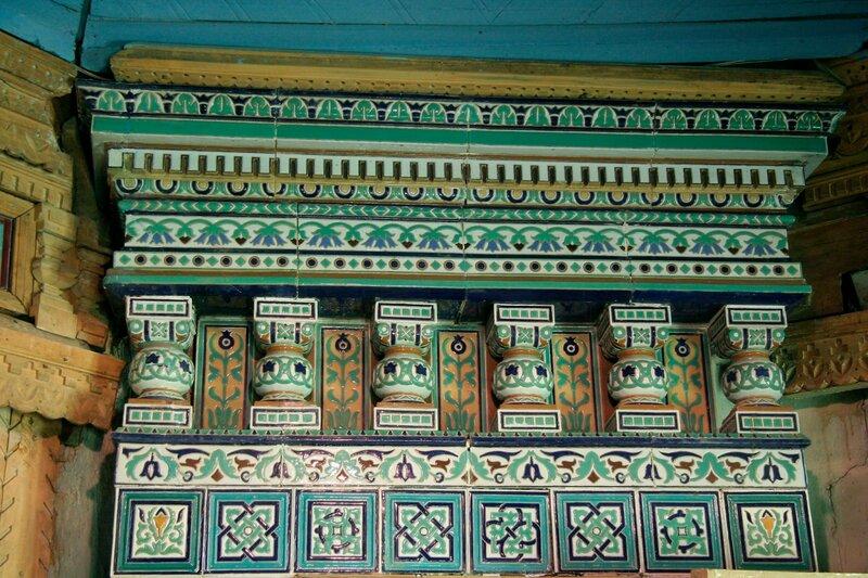 Абрамцево, Баня-теремок, Изразцовая печь, фрагмент