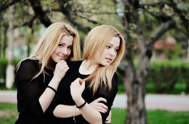 Сколько лет сестрам Толмачёвым. Карьера, фотографии, видео, песни...