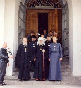 Митрополит Иоанн, благочинный о. Ипполит, о. Викентий, отец Аристарх, Юрий Алексеевич Хауров.
