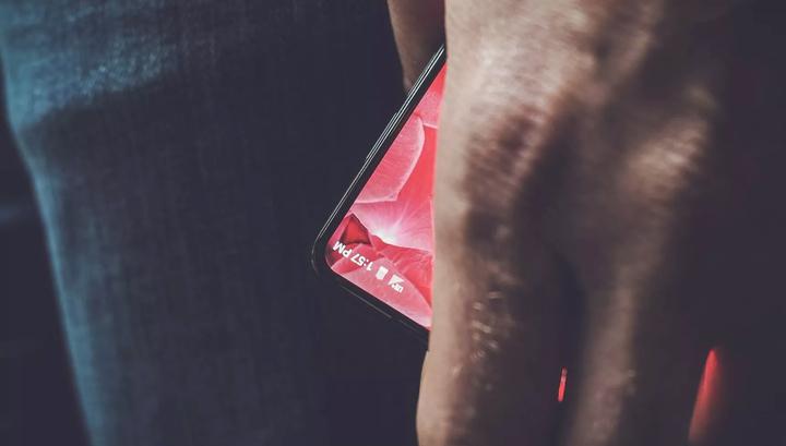 Энди Рубин продемонстрировал модульный смартфон Essential