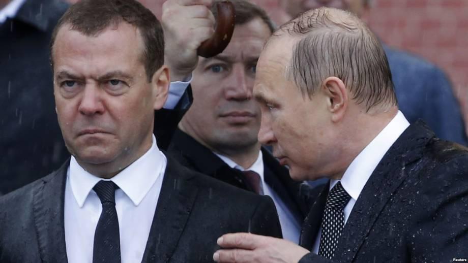 Санкции США: 50 россиян потеряли за день 12 миллиардов долларов, падает российский рубль