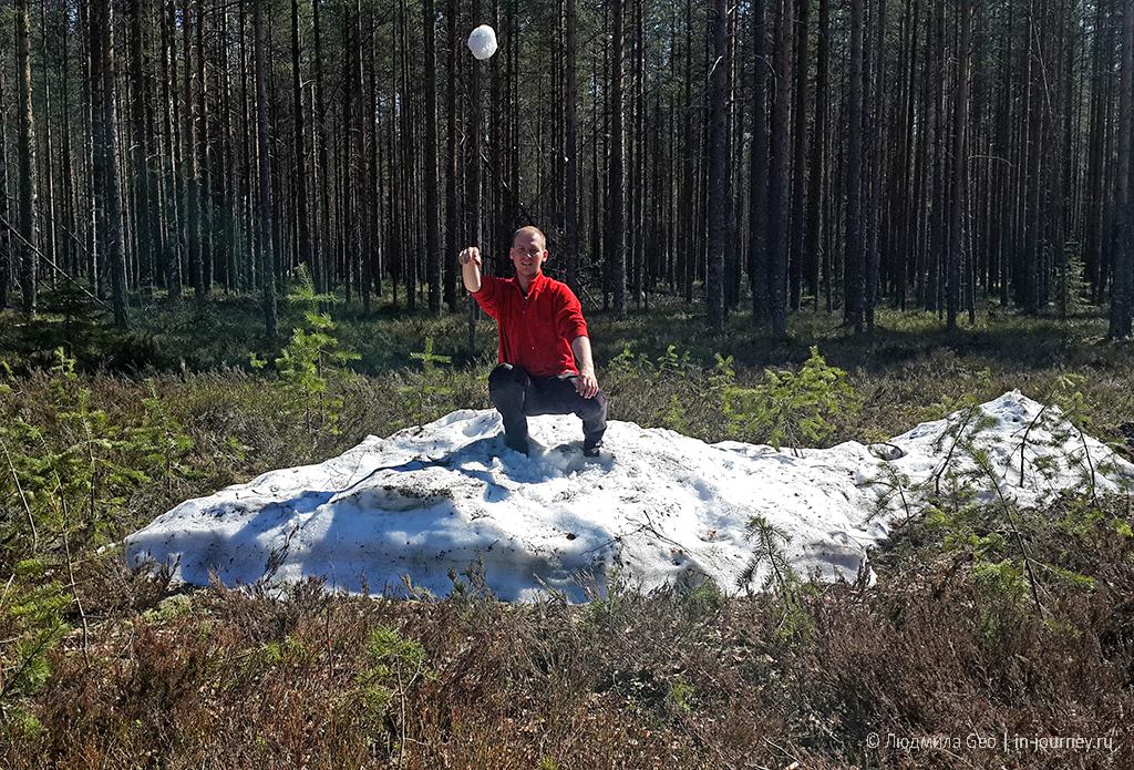 остатки снега в Карелии