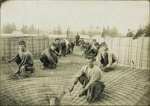 1907. Закладка арматуры на крыше