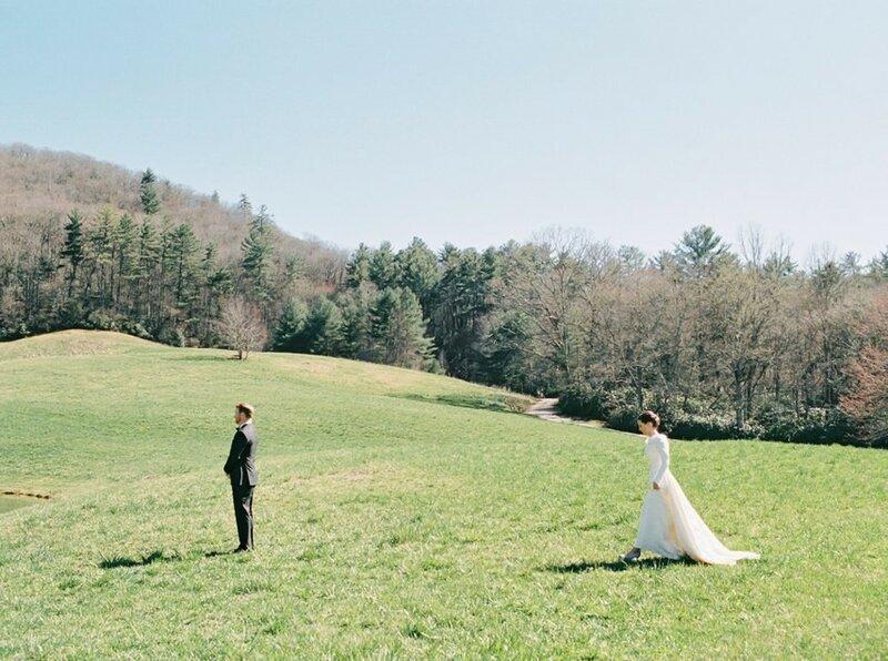 0 17cf92 724a545d XL - Выбираем приглашения на свадьбу