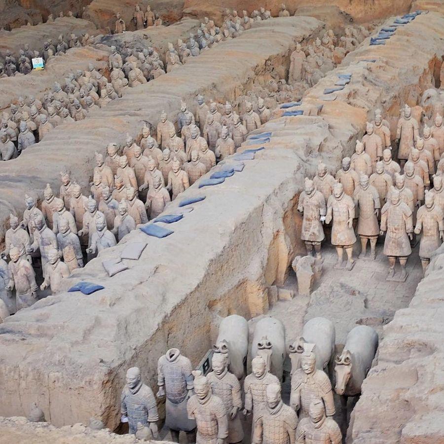 23. Музей терракотовых воинов и лошадей (Сиань, Китай) Великая стена и Терракотовая армия — одни из