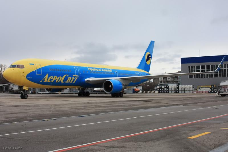 B-767_UR-VVW_Aerosvit_1_ALA_for_.JPG