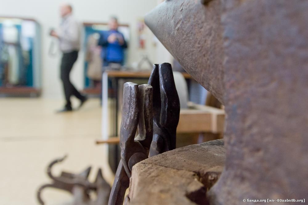 Краеведческий музей. Выставка оружия 17 века