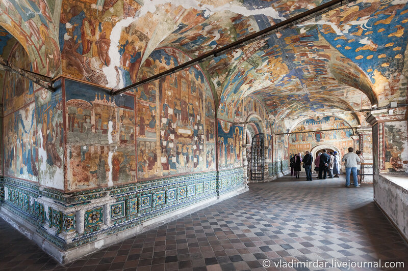 Галерея Храма Пророка Ильи в Ярославле