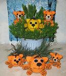 Новогодняя семья тигров