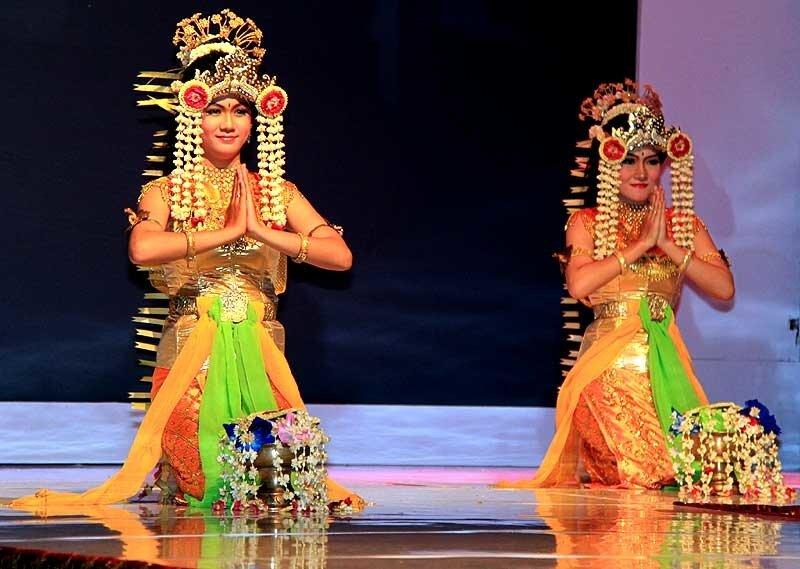 банджарcкий танец Baksa Kembang