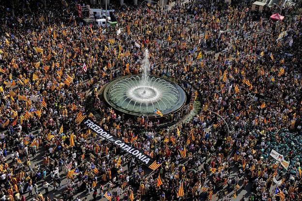 500 тысяч каталонцев отметили праздник на улице
