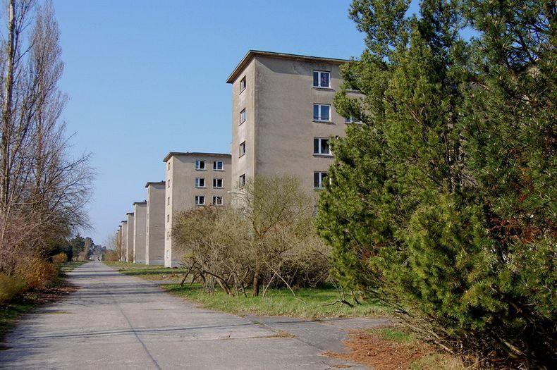 В течение нескольких лет все крупнейшие строительные компании Рейха и около 9 тысяч рабочих были вов