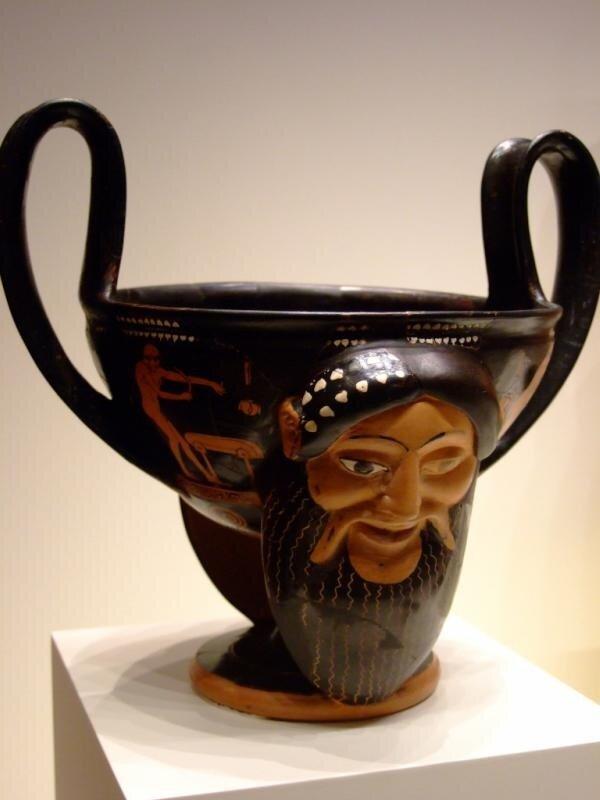 Канфар с головами Диониса и сатира