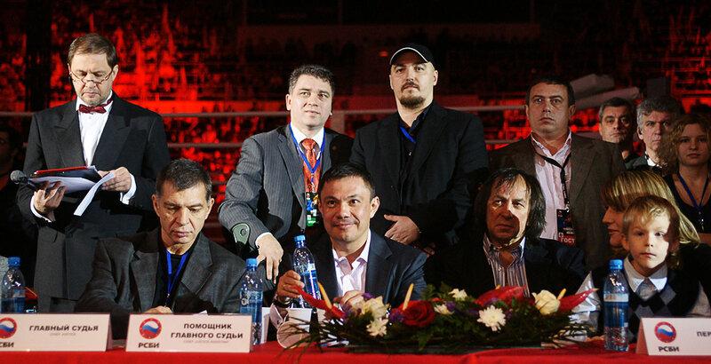 Спортивный репортаж с БИТВЫ ЧЕМПИОНОВ в Лужниках. Москва