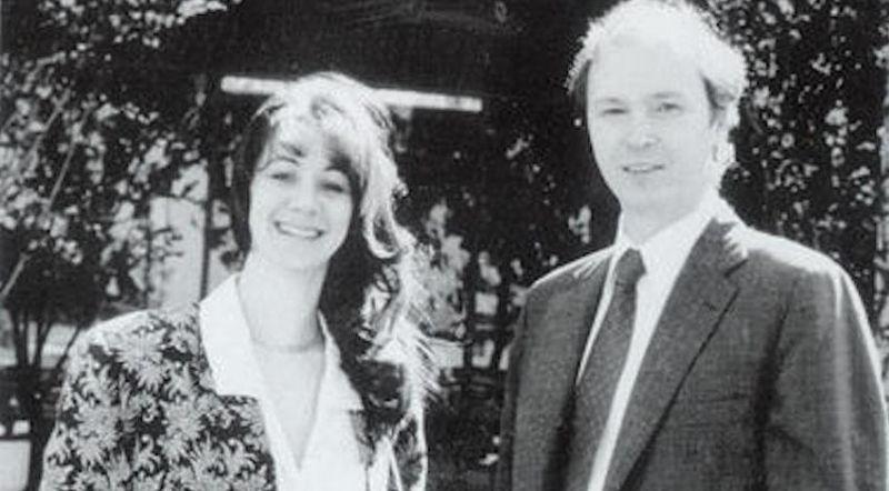 В 1984 году бывший декан Стэнфордского университета Леонард Босак вместе со своей женой Сэнди Лернер