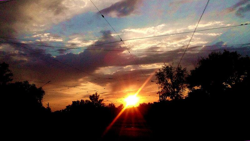 Закат на Херсонской 13-08-15.jpg