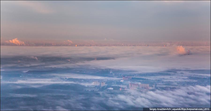 Туманный рассвет над Москвой