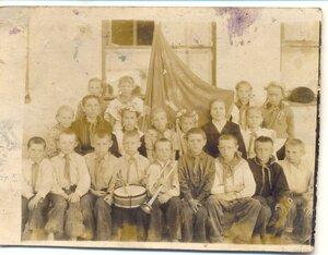 Рябчи, школа. 4-й класс, 1959г.