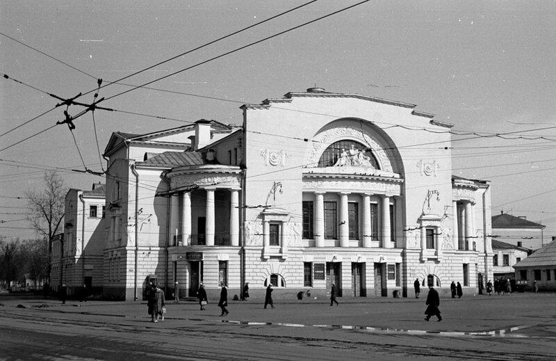 Театр им.Ф.Волкова