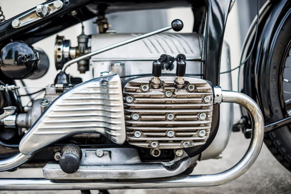 Старинный мотоцикл Zundapp K800 1937