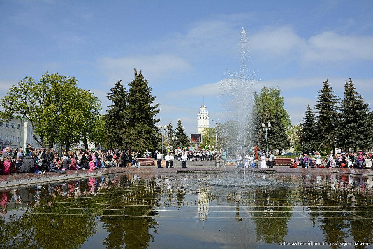 Открытие фонтанов в Гомеле. Площадь Восстания