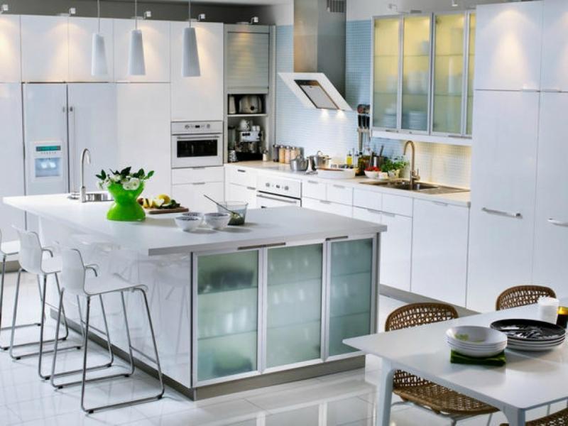 Белый цвет в интерьере кухни, фото 2