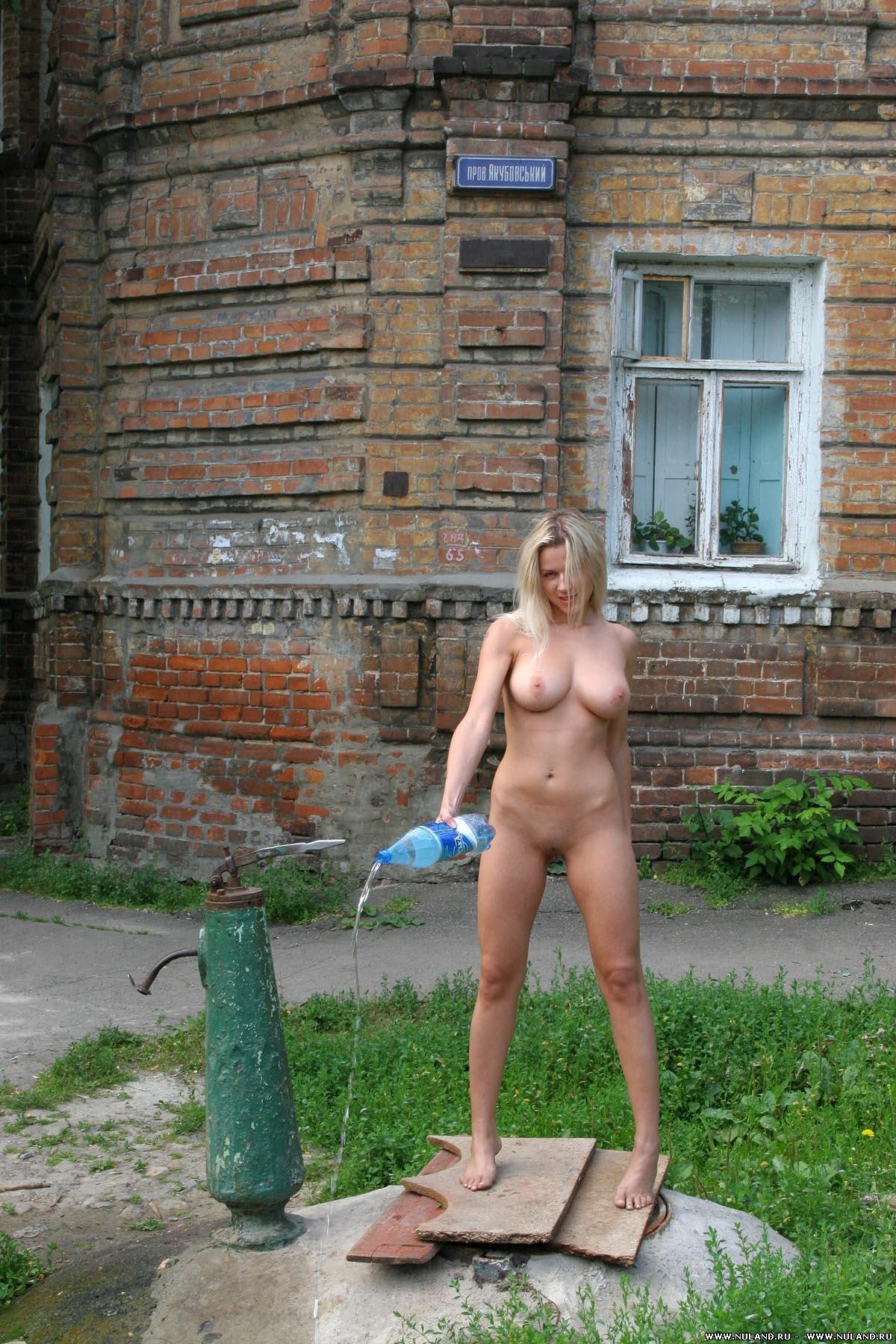 Фото голая царица 21 фотография