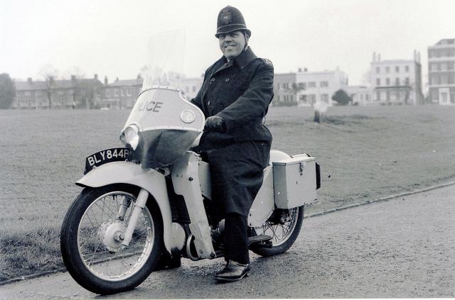 english-police-1970.jpg