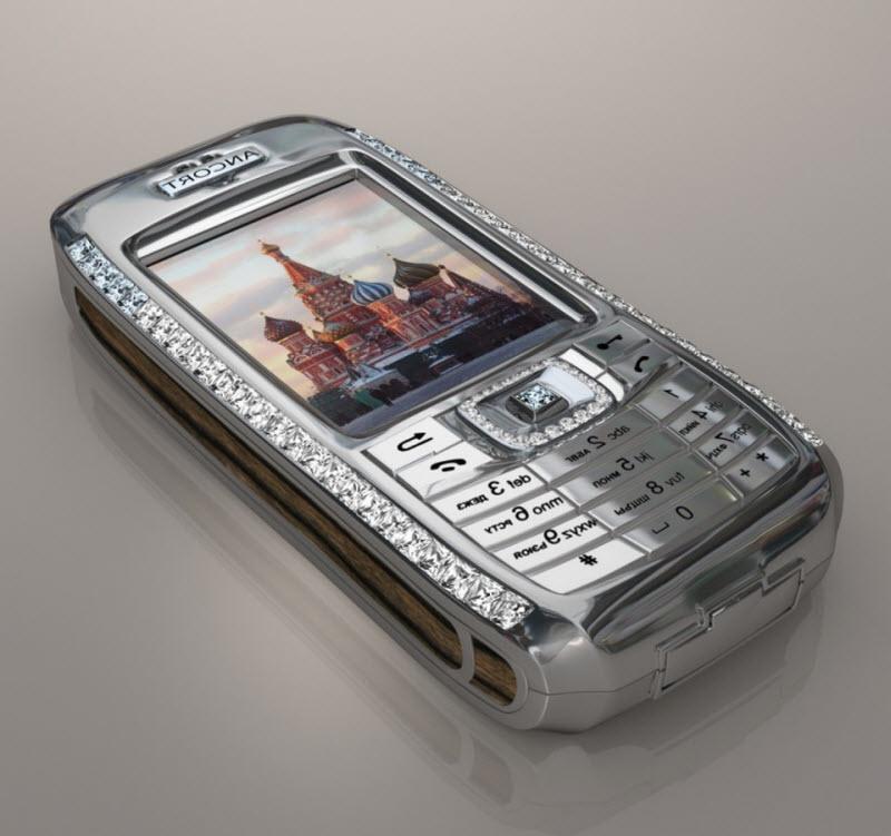 Самые дорогие и бесполезные телефоны в мире