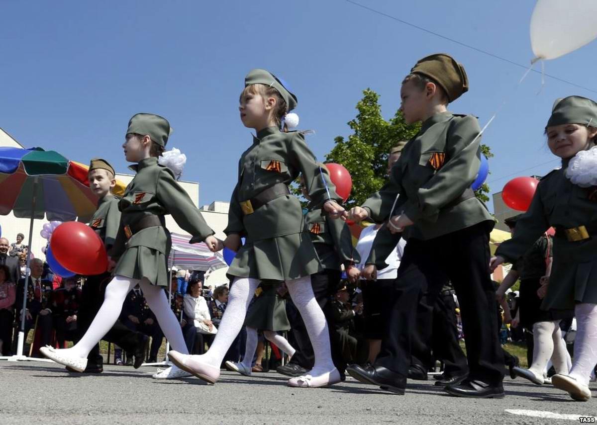 Между правдой и ложью: Про Парад детских войск в Ростове-на-Дону (10)