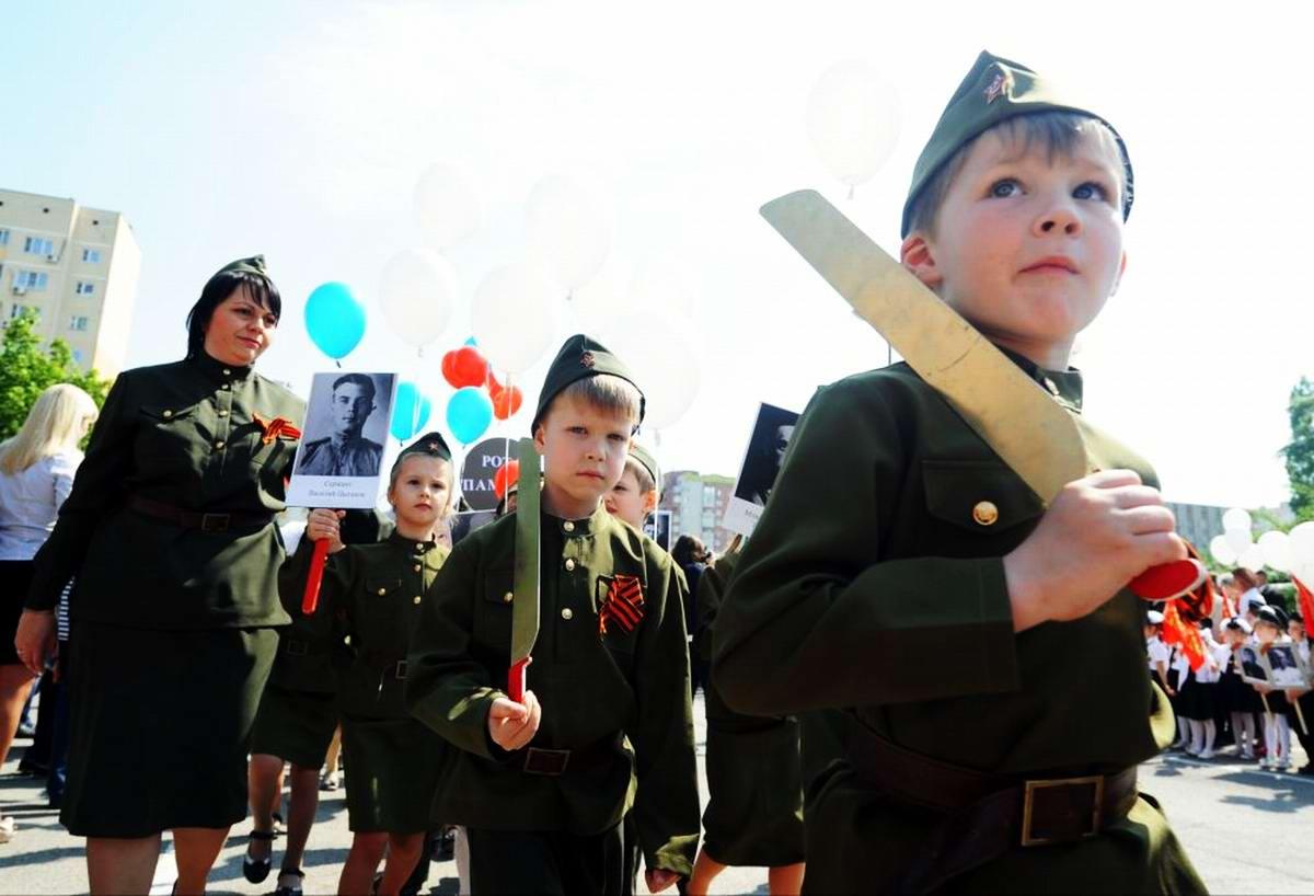 Между правдой и ложью: Про Парад детских войск в Ростове-на-Дону (14)