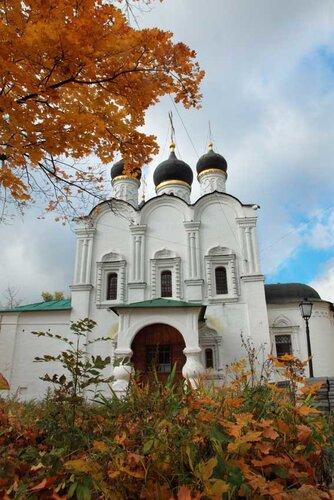 Октябрь. Москва, которой нет