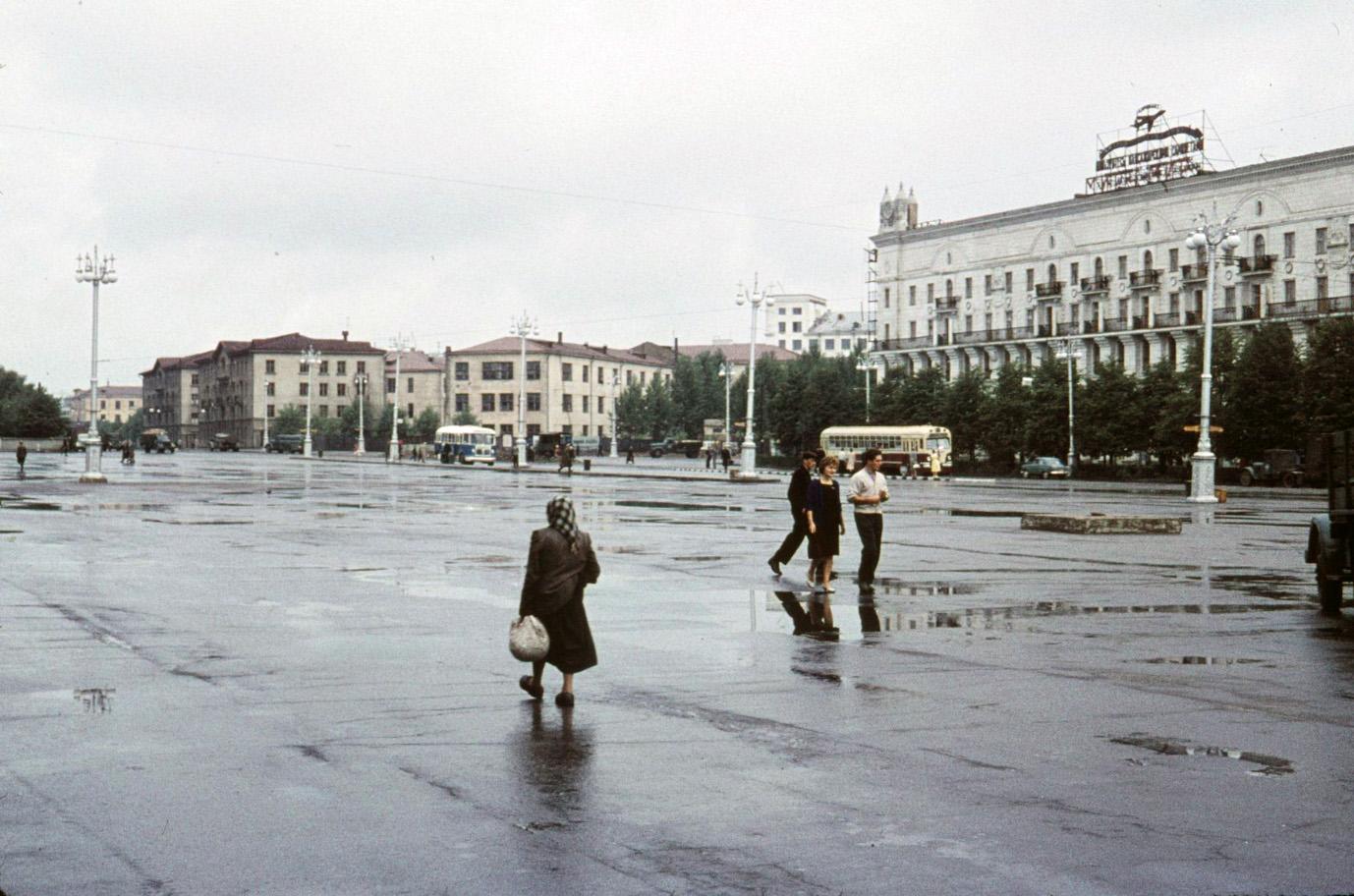 Минск Привокзальная площадь 1961а.jpg