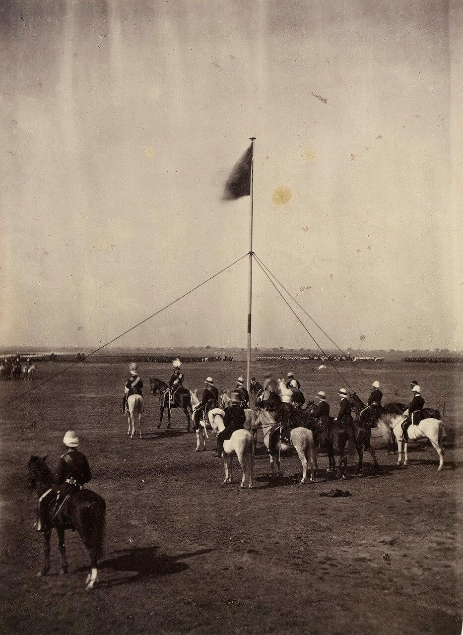 25. Принц Уэльский со своими спутниками в лагере. Дели