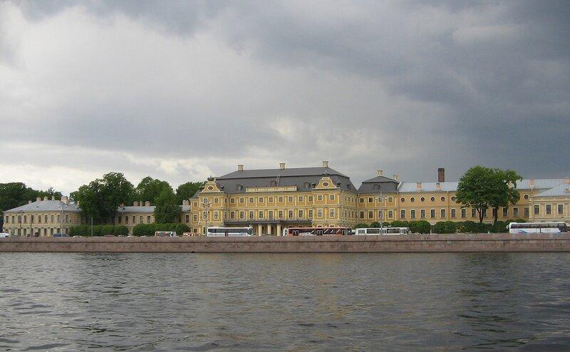 На катере по Неве и каналам Петербурга