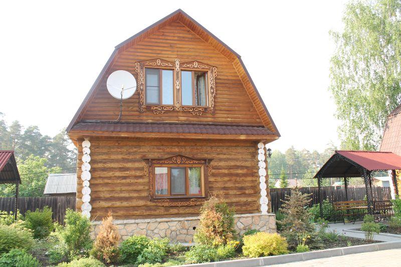 Наш уютный домик, в котором мы провели чудесные выходные (09.06.2015)