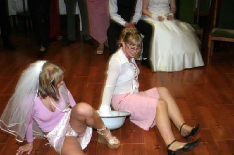 golie-pyanie-na-svadbe