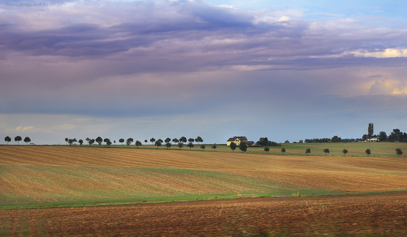 15. Цветной пейзаж, снятый на Nikon D90 KIT 18-55 (1/250, f/5.6, 200, 55 мм)